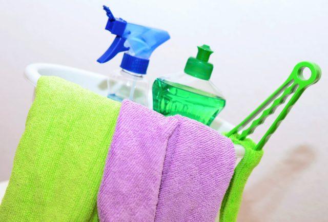 mantenere la casa pulita