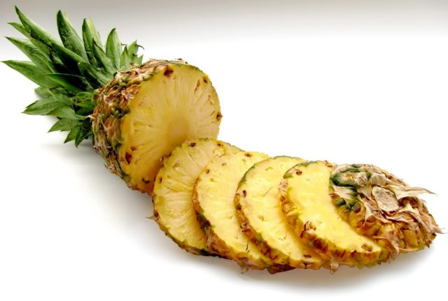 proprietà ananas
