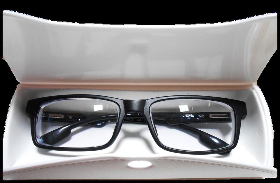 eliminare i graffi dalle lenti degli occhiali